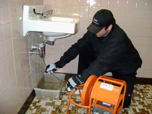Drain cleaning in Redondo Beach by skilled plumbers in your neighborhood.